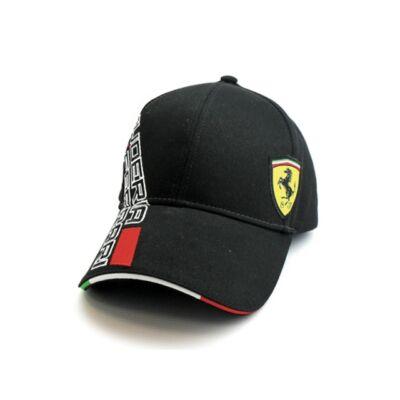 Fekete színű  Ferrari baseball sapka.